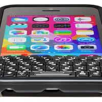 Újra bíróság előtt a BlackBerryt koppintó Typo