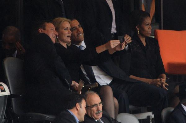 threesome_selfie.jpg