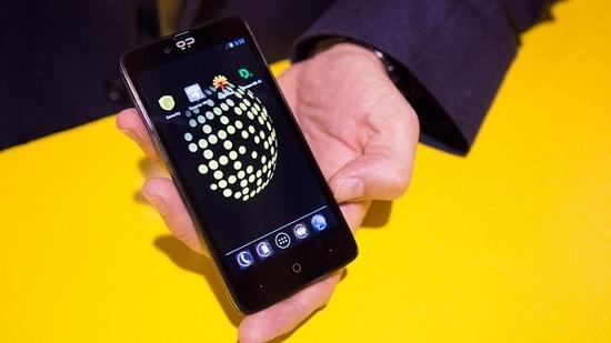 blackphonee.jpg