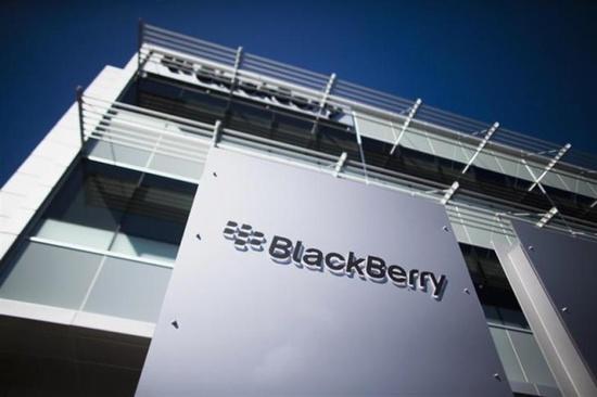 blackberry_office.jpg
