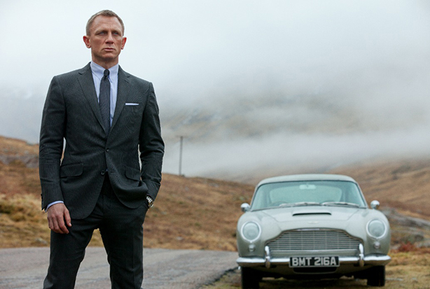 54cd067d75c57_esq-02-james-bond-skyfall-2012-mdn-39265360.jpg