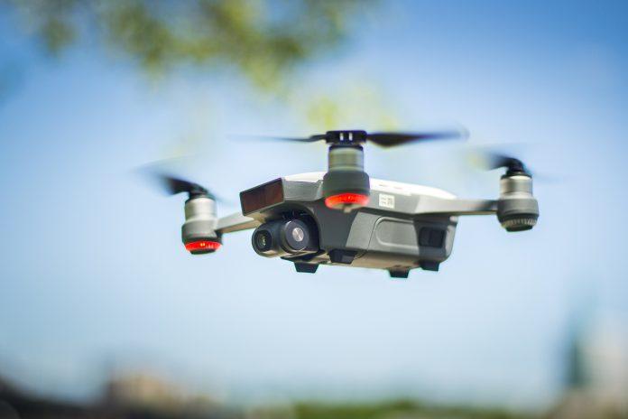 dji-spark-drone-review-11-696x464.jpg