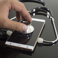 Az okos mobileszközök nagy segítséget nyújtanak az orvosoknak és a betegeknek is