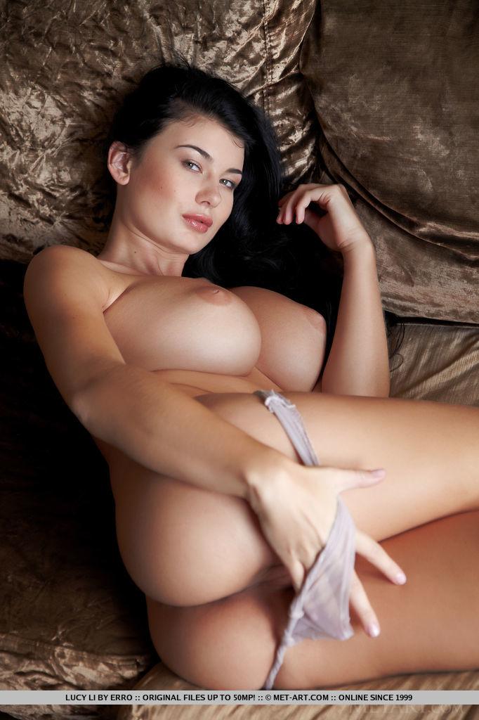 outstanding-busty-babe-lucy-li-displays-her-curvy-body-03.jpg