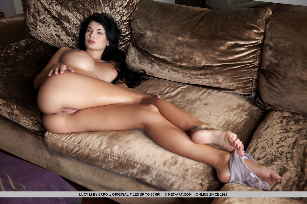 outstanding-busty-babe-lucy-li-displays-her-curvy-body-13.jpg