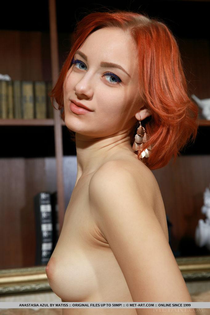 redhead-chick-anastasia-azul-loses-her-black-tight-dress-14.jpg