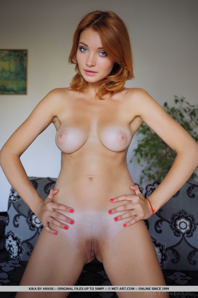 sexy-redhead-kika-is-waiting-you-naked-04.jpg