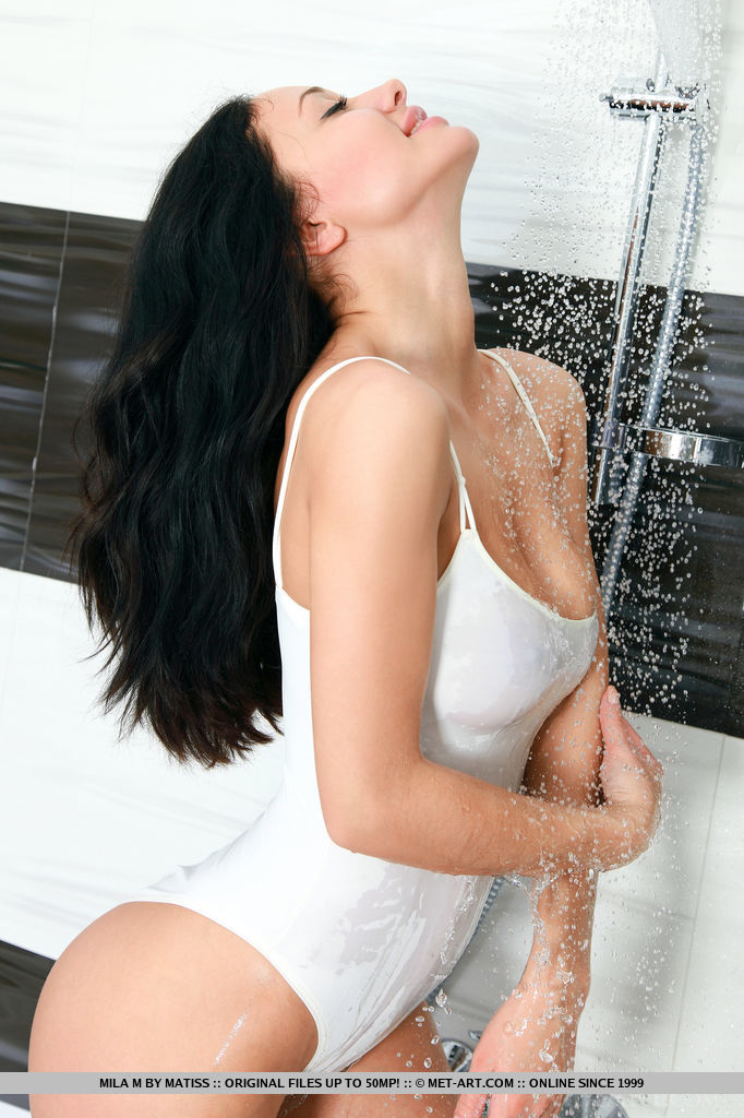 stunning-mila-m-is-wet-and-sexy-in-the-bathroom-04.jpg