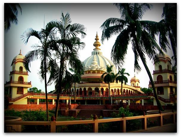 Samadhi-Mandir-Srila-PrabhupadaMayapur-West-Bengal.jpg