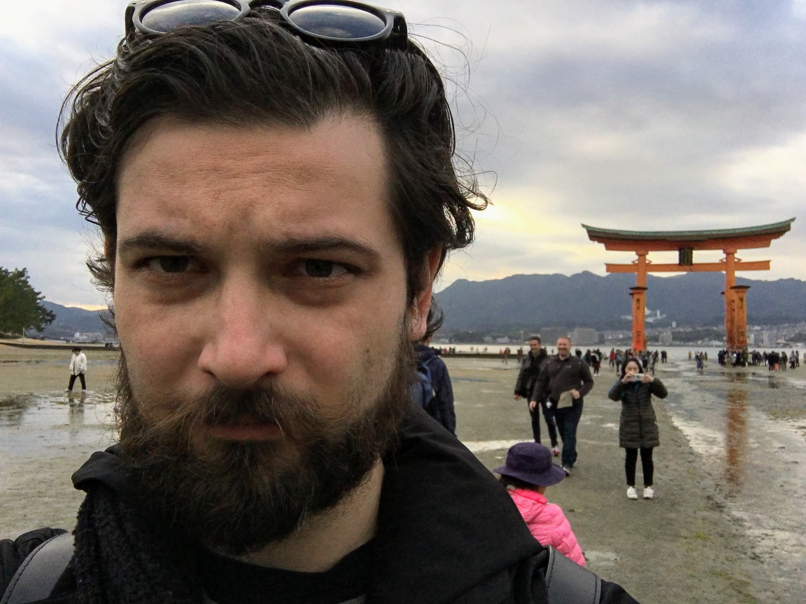 Pózolj japán ikonnal
