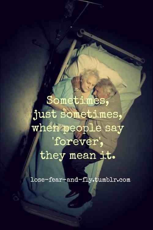 Randevúzni valakit csak azért, mert szeretnek téged