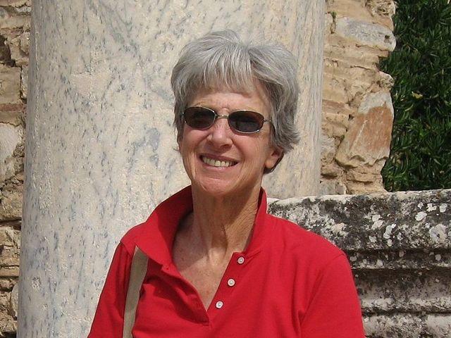 Véletlen lett régész és feminista bibliakutató