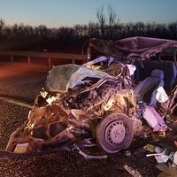 Képek a két ember életét követelő baleset helyszínéről - A Fejér Megyei Katasztrófavédelmi Igazgatóság közleménye