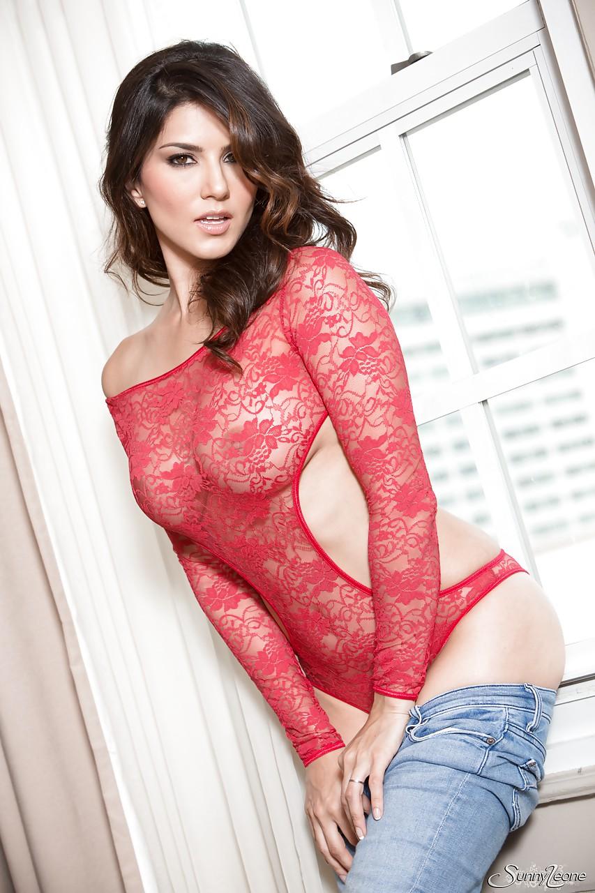 Sunny leone sex with men-7366