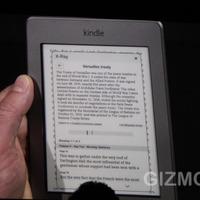 Jön a beépített lámpás Kindle