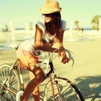 Ukrán bringás lány varázsolja széppé a napod!