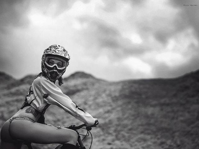Mérföldkőhöz érkezett a Bikegirls blog – eladó a brand!