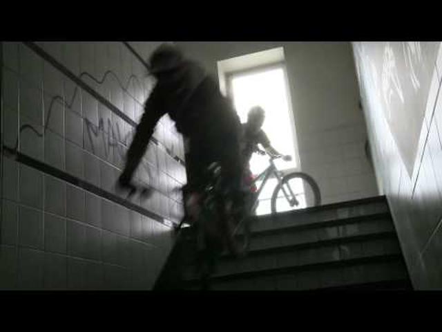 A lépcsők urai: Red Bull Downstairs