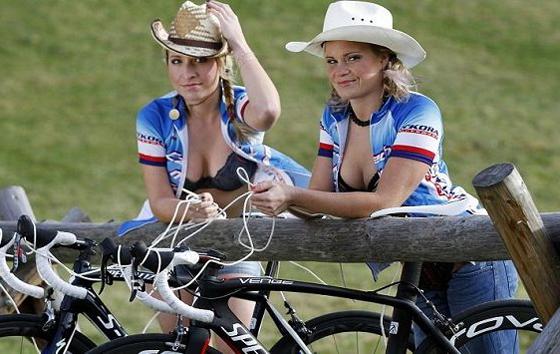 český jezdec dívky_czech bike_girls 1.jpg
