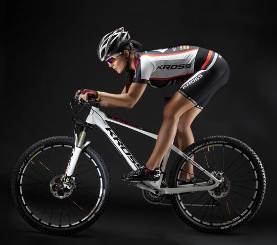 Joanna Jabłczyńska kross bike.jpg