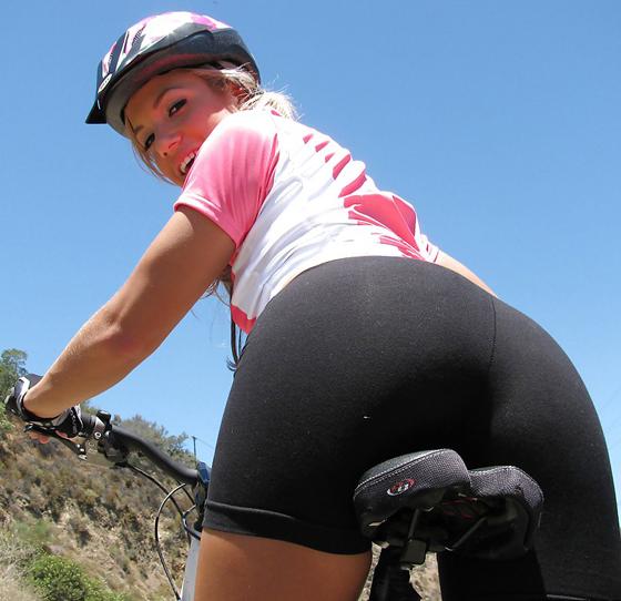 kara_novack_bicycle_bikegirls_naked_nude_rider 8.jpg