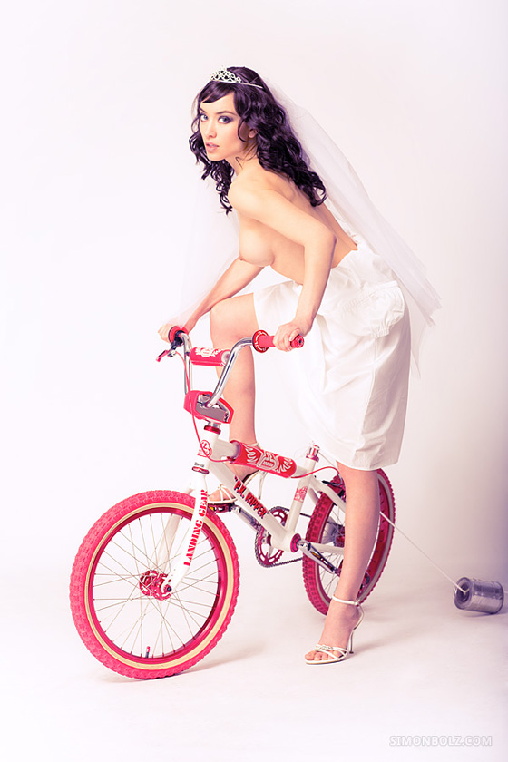 bike_bmx_cold_PK+Ripper_series_simonbolz_wife_naked_girl 1.jpg