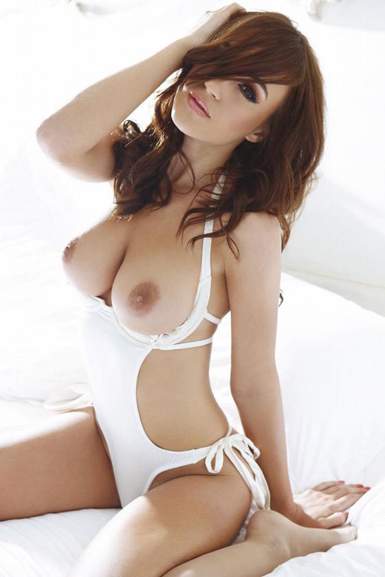rosie-jones-naked-nuts.jpg