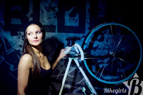 bikegirls anett 9.jpg
