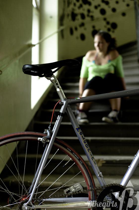 elisabeth bikegirls 6.jpg