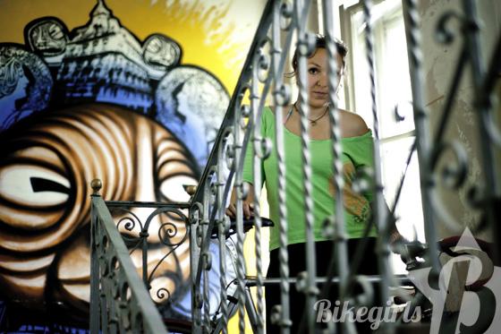 elisabeth bikegirls 8.jpg