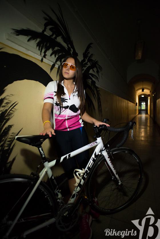 judit bikegirls 4.jpg