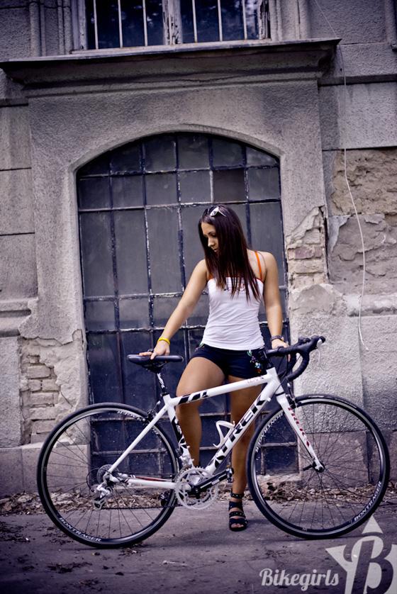 judit bikegirls 9.jpg