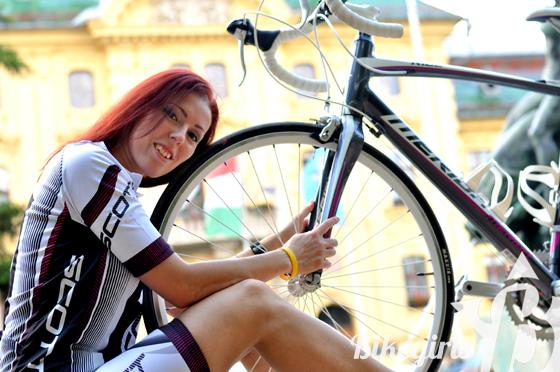 bikegirls merida juliet 1.jpg
