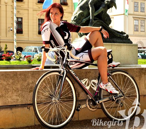 bikegirls merida juliet 2.jpg