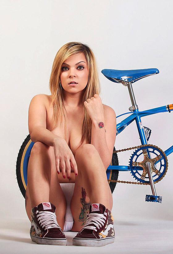 keshia_neil_arcus_bikegirls3.jpg