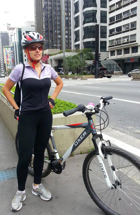 Rafa Gonçalves_bikegirls 3.jpg