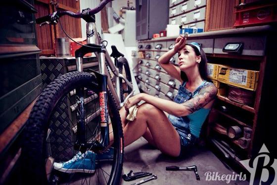 vanessa_bikegils_blog_1.jpg