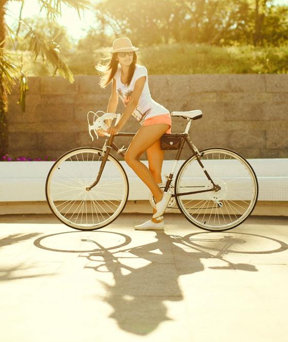 bikegirls_velo_girl_by_ilonashevchishina-1.jpg