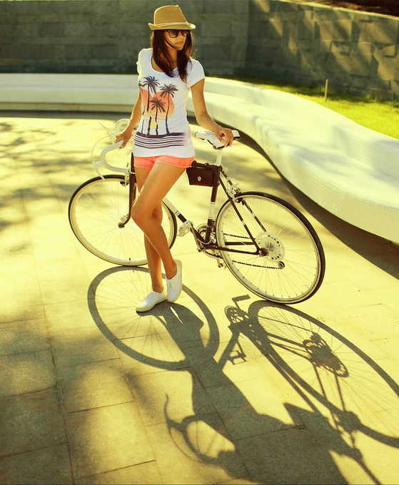 bikegirls_velo_girl_by_ilonashevchishina-6.jpg