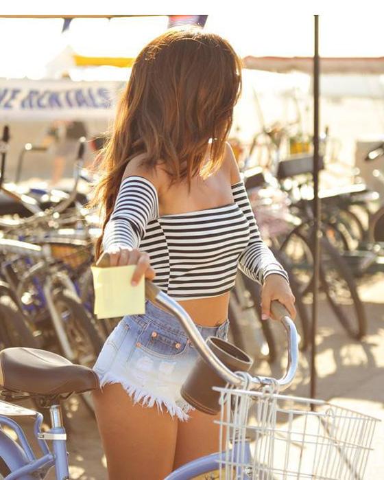 jessica-burciaga-bikegirls-3.jpg