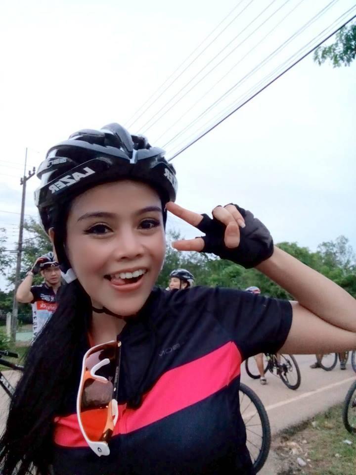 aorry_cooper_lee_bikegirls_blog.jpg