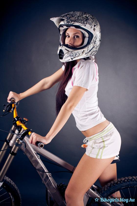 freeride bike girl