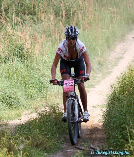 martina_jancikova_sexy_bike_girls