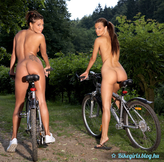 naked_bicycle_babes