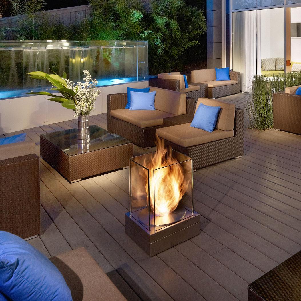 outdoor-patio-fireplaces.jpg