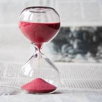 Hogyan él egy időmilliomos?