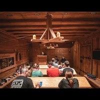 Székirodalom vlog #047: Ragyogás egy középkori tanteremben