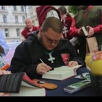 Székirodalom vlog #017: Könyvheti körmenet