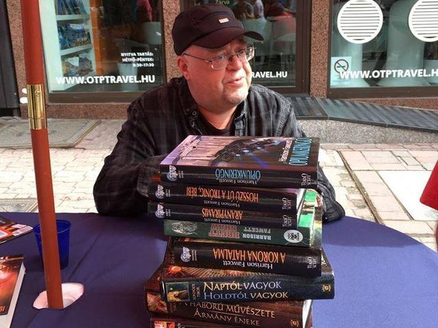 Egy magyar SF-legenda, és ami mögötte van – Interjú Fonyódi Tiborral