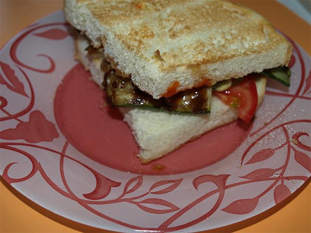 cukkinis-szendvics.jpg